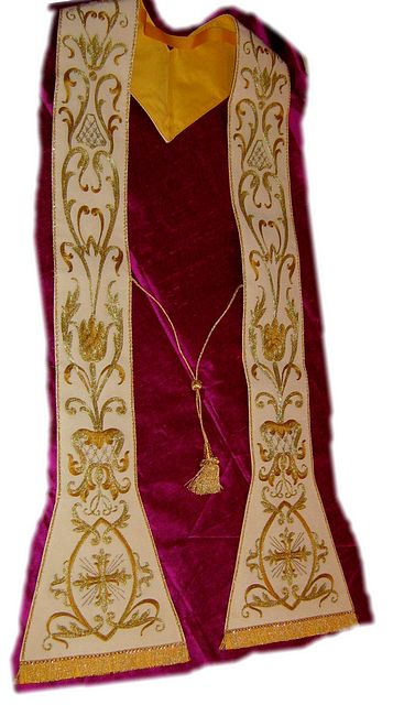 Pastoral Stole, fully embroidered - beautiful Italian quality