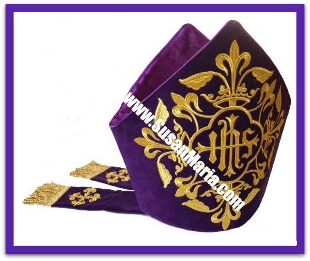 Embroidered Mitre - Velvet fabric