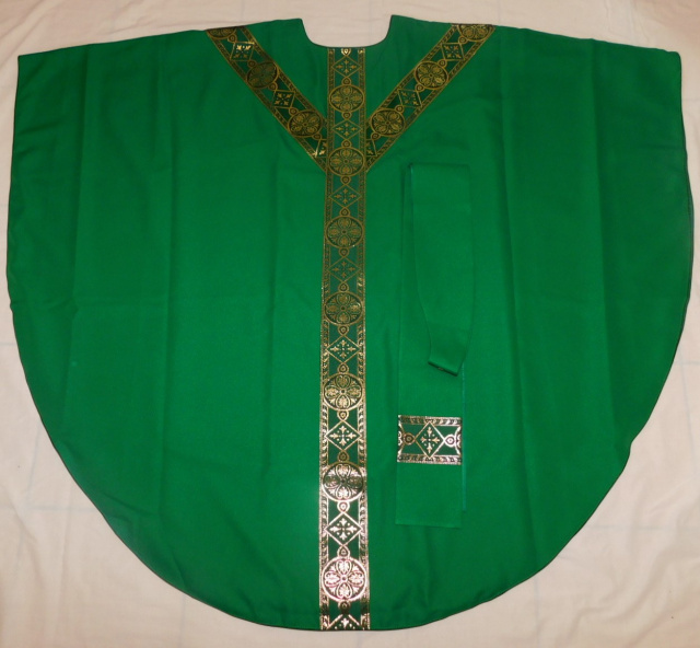 Semi-Gothic Chasuble with matching Stole